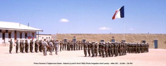 062-2-prise-d-armes-a-tadjerouna-oasis-l-9-avril-1962-color5-corrpanoratxt.jpg